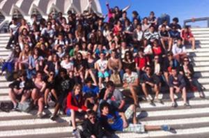 Visita de un grupo a la Ciudad de las Artes y las Ciencias